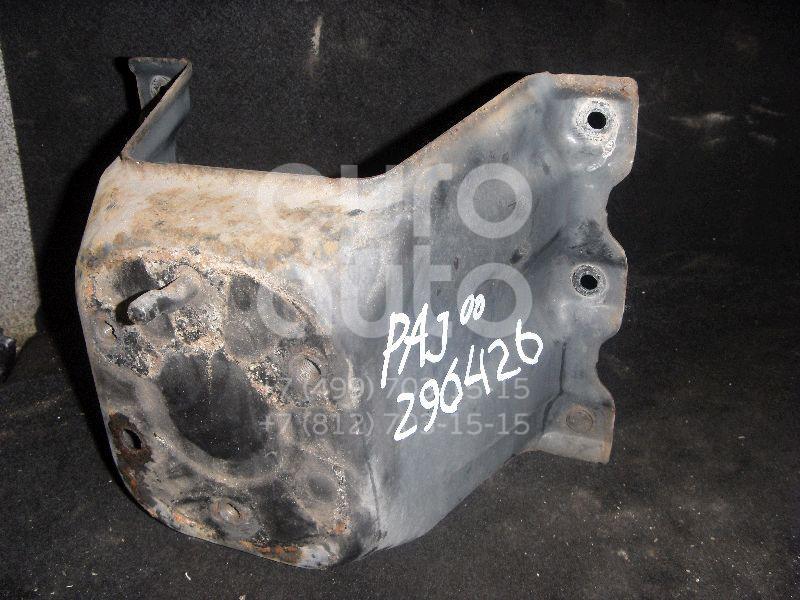 Кронштейн крепления запасного колеса для Mitsubishi Pajero/Montero III (V6, V7) 2000-2006;Pajero/Montero IV (V8, V9) 2007> - Фото №1