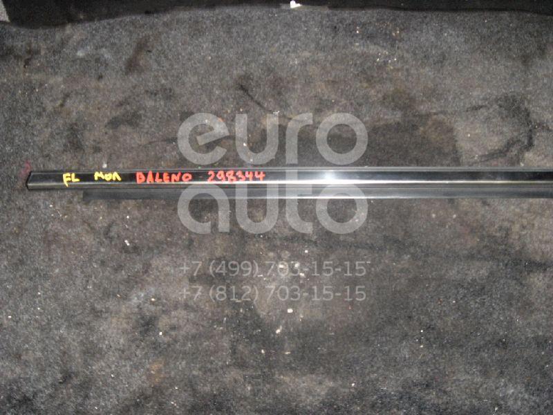 Накладка стекла переднего левого для Suzuki Baleno 1998-2007 - Фото №1