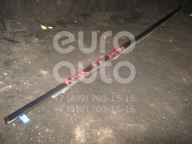 Накладка стекла заднего правого для Toyota Avensis Verso (M20) 2001-2009 - Фото №1
