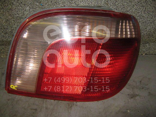 Фонарь задний правый для Toyota Yaris 1999-2005 - Фото №1