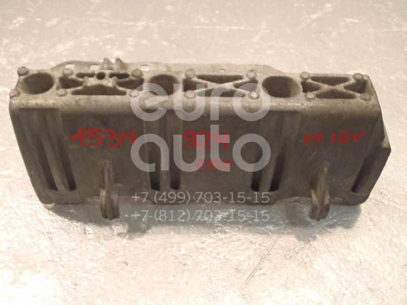 Купить Кронштейн (сопут. товар) Renault Clio II/Symbol 1998-2008; (7700110112)