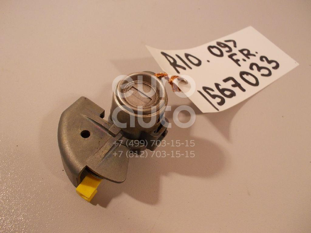 Вставка замка двери прав. Kia RIO 2005-2011; (819801GE00)