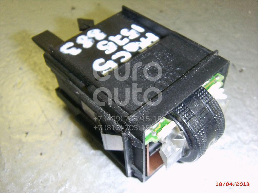 Купить Кнопка обогрева сидений Audi A6 [C5] 1997-2004; (4B0963563A)