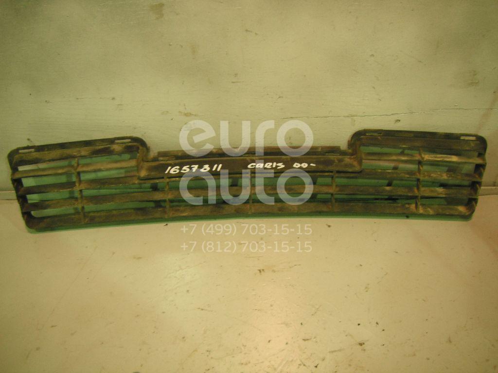 Решетка в бампер центральная Mitsubishi Carisma (DA) 1999-2003; (MR910220)