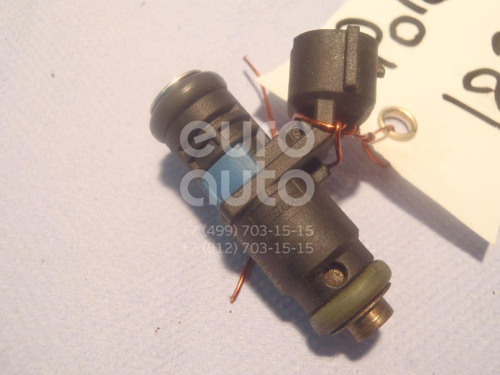 Форсунка инжекторная электрическая VW Polo (Sed RUS) 2011-; (03C906031A)  - купить со скидкой