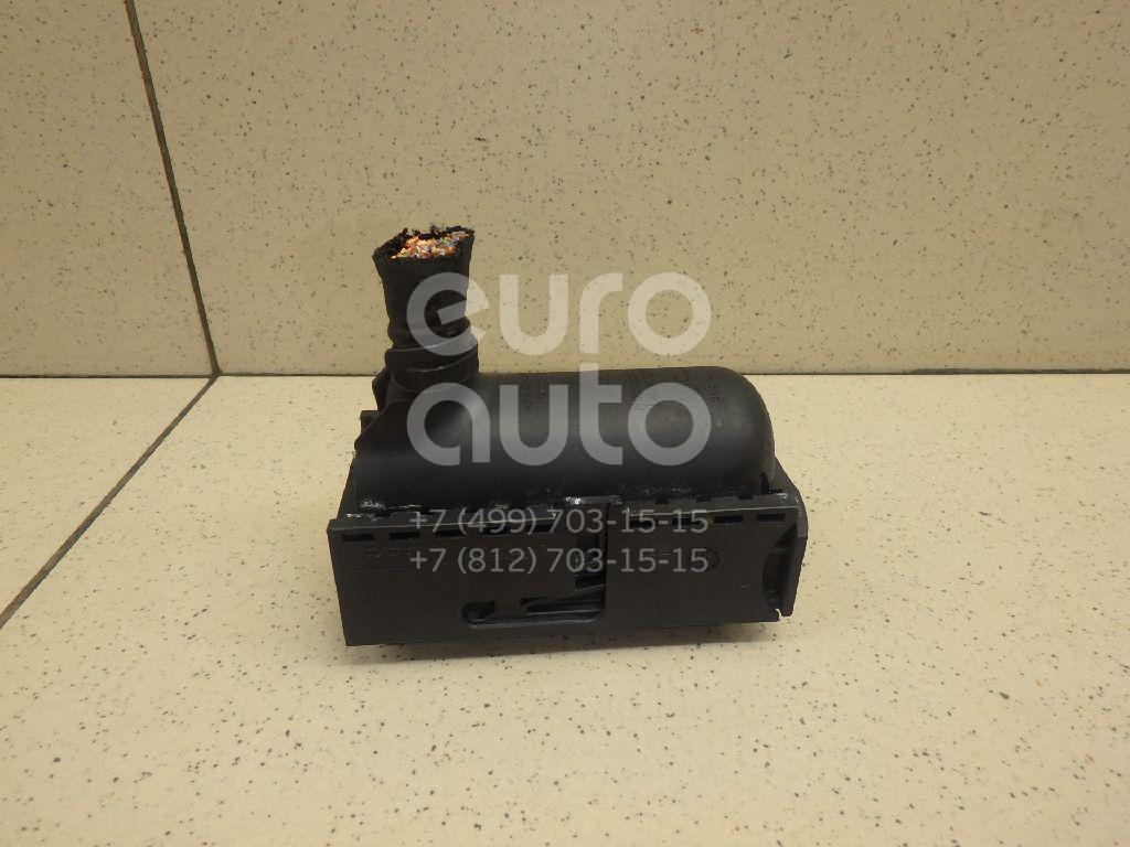 Купить Разъем VW Golf VI 2009-2013; (3C0906385)