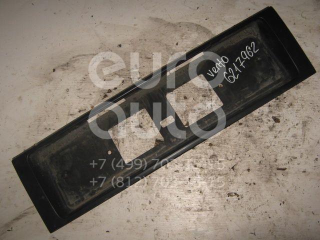 Накладка крышки багажника VW Golf III/Vento 1991-1997; (1H5853481B)  - купить со скидкой
