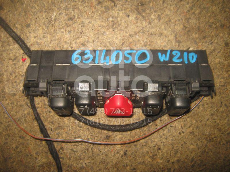 Блок кнопок для Mercedes Benz W210 E-Klasse 2000-2002;W202 1993-2000;W210 E-Klasse 1995-2000;C208 CLK coupe 1997-2002 - Фото №1