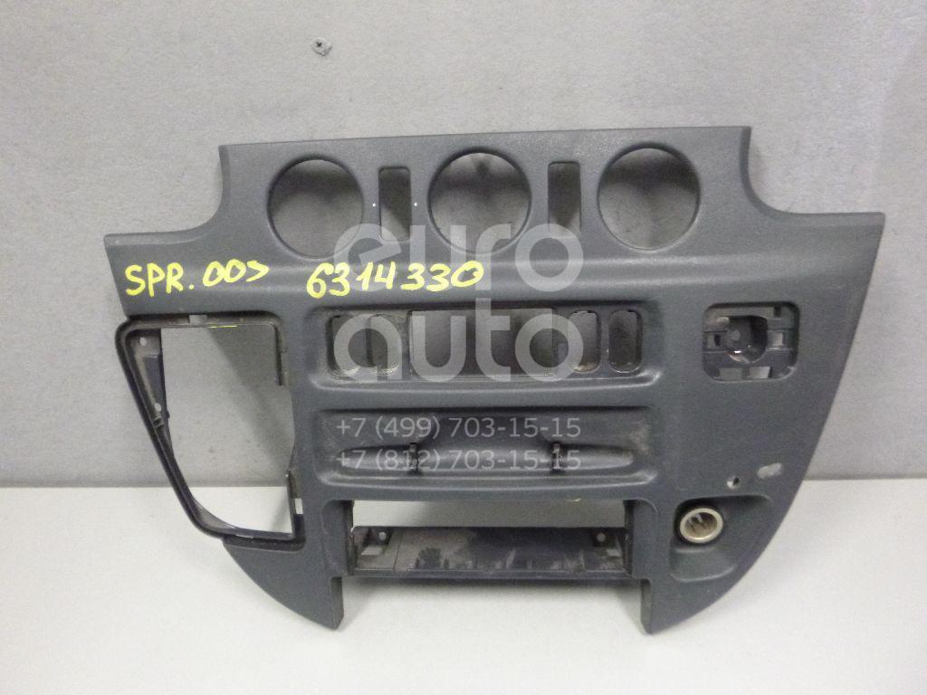 Рамка магнитолы для Mercedes Benz Sprinter (901) 1995-2006 - Фото №1