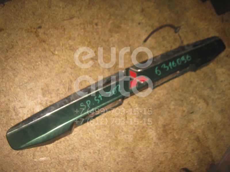 Накладка двери багажника для Mitsubishi Space Star 1998-2004 - Фото №1