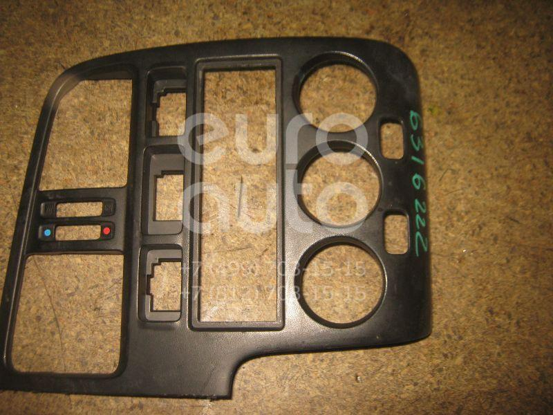 Рамка магнитолы для Nissan Primera P11E 1996-2002 - Фото №1