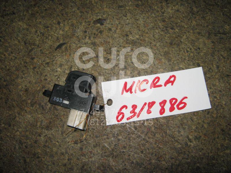 Кнопка стеклоподъемника для Nissan Micra (K12E) 2002-2010 - Фото №1
