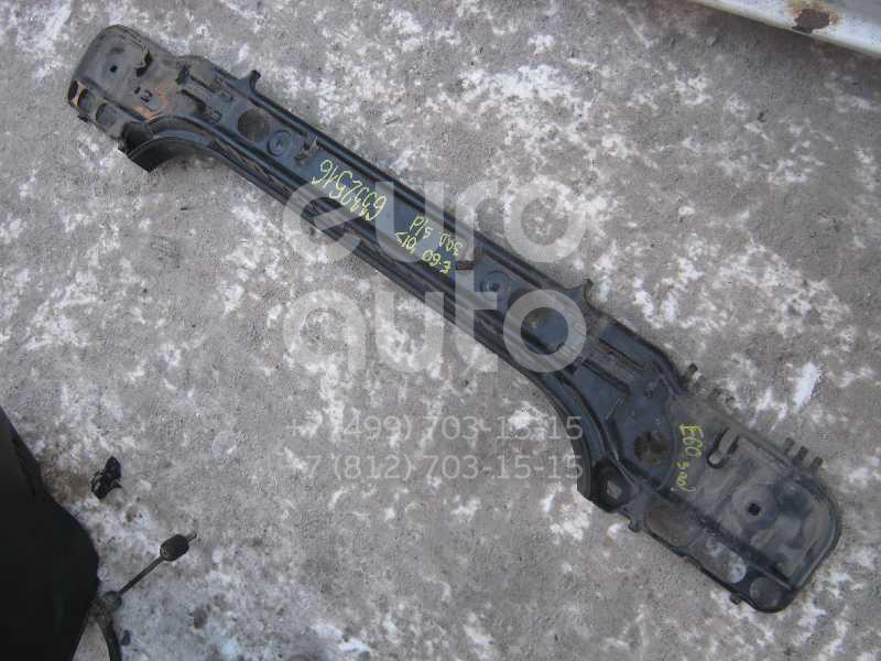 Наполнитель заднего бампера для BMW 5-серия E60/E61 2003-2009 - Фото №1