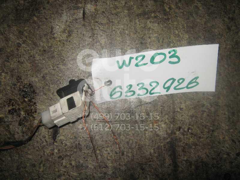 Выключатель концевой для Mercedes Benz W203 2000-2006;A140/160 W168 1997-2004;W202 1993-2000;W220 1998-2005;W210 E-Klasse 2000-2002;W211 E-Klasse 2002-2009;A140/160 W169 2004-2012 - Фото №1