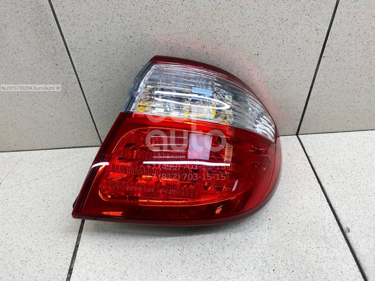 Фонарь задний наружный правый для Nissan Maxima (A33) 2000-2005 - Фото №1
