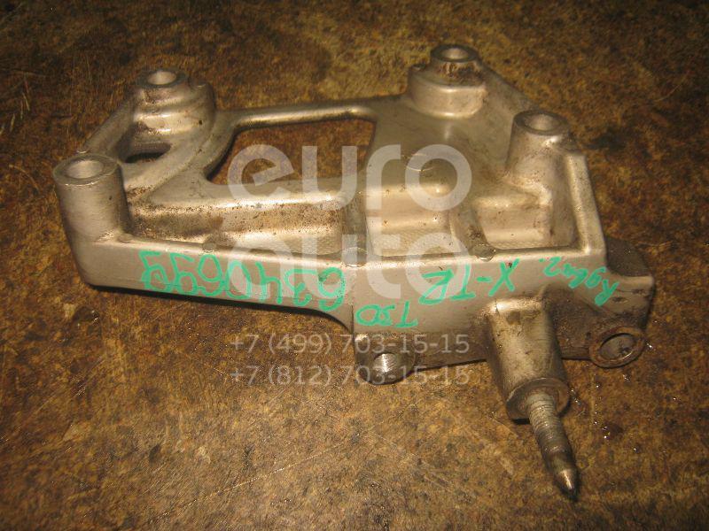Кронштейн двигателя правый для Nissan X-Trail (T30) 2001-2006 - Фото №1