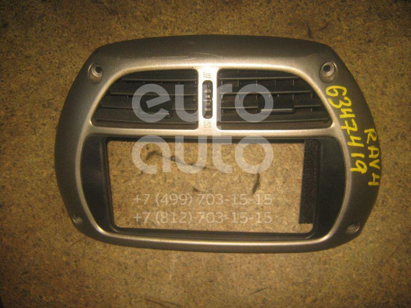 Рамка магнитолы для Toyota RAV 4 2000-2005 - Фото №1