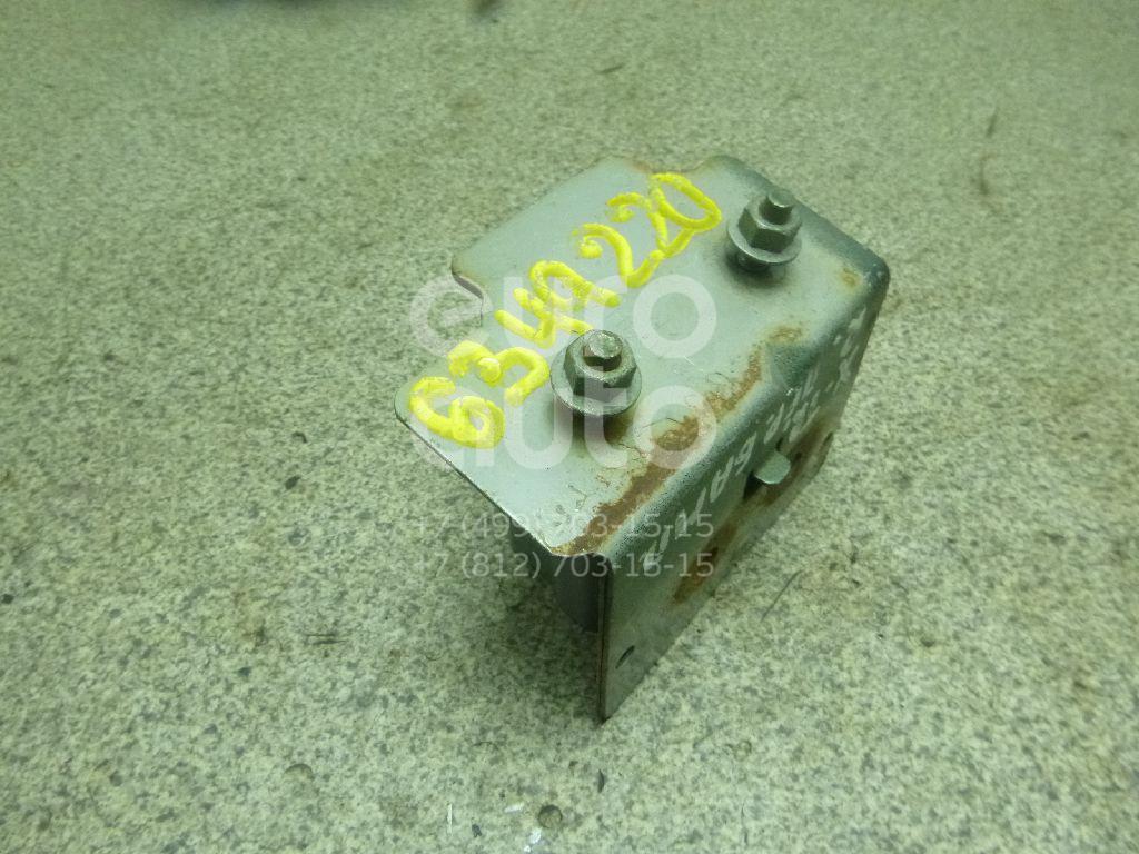 Кронштейн усилителя переднего бампера правый для Nissan X-Trail (T30) 2001-2006 - Фото №1