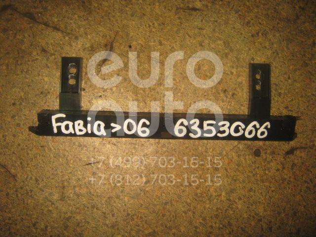 Фонарь задний (стоп сигнал) для Skoda Fabia 1999-2006 - Фото №1