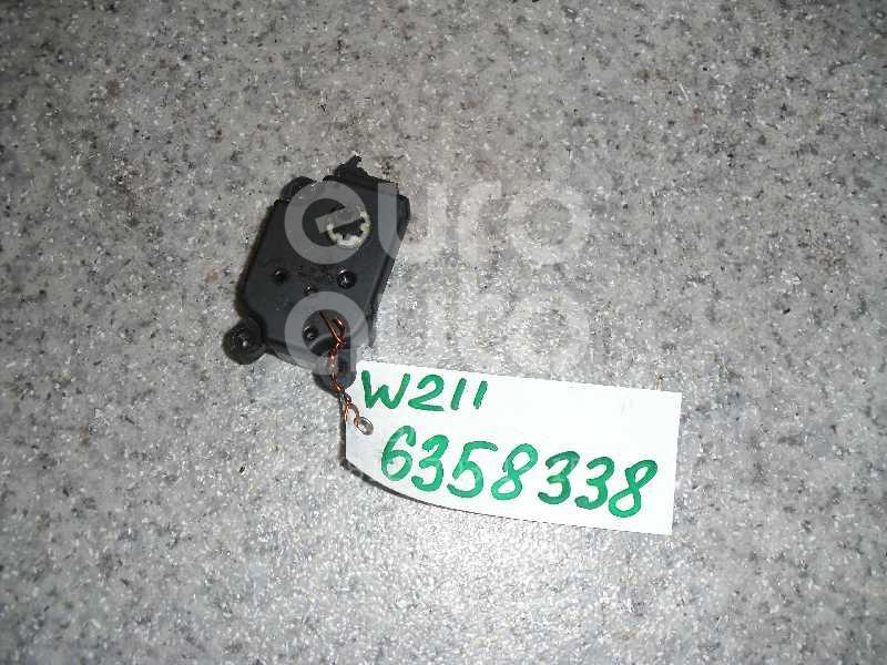 Моторчик заслонки отопителя для Mercedes Benz W211 E-Klasse 2002-2009;W163 M-Klasse (ML) 1998-2004;G-Class W463 1989>;R230 SL 2001-2012;W203 2000-2006;C209 CLK coupe 2002-2010;W219 CLS 2004-2010;R171 SLK 2004-2011;CL203 CLC 2008-2011 - Фото №1