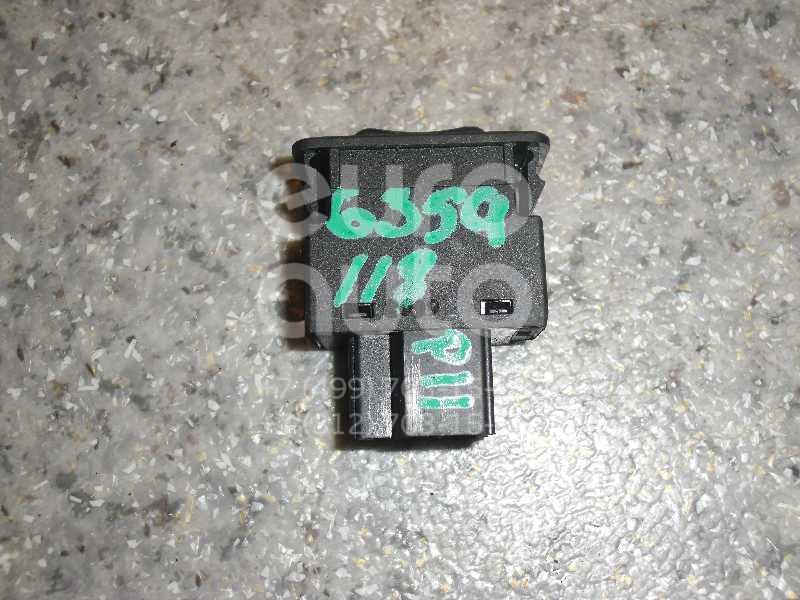Кнопка открывания багажника для Nissan Primera P11E 1996-2002 - Фото №1