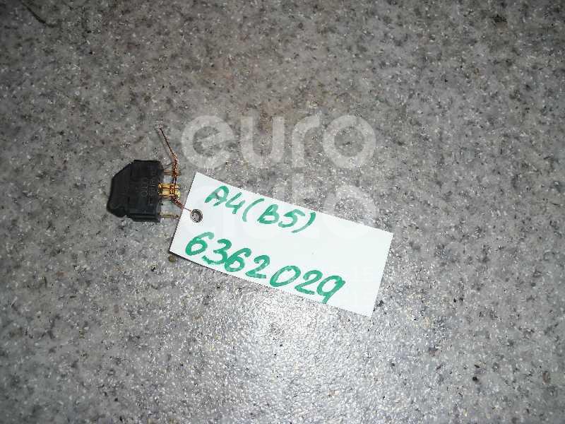 Кнопка стеклоподъемника для Audi A4 [B5] 1994-2001;A8 [4D] 1994-1998;A8 [4D] 1998-2003 - Фото №1
