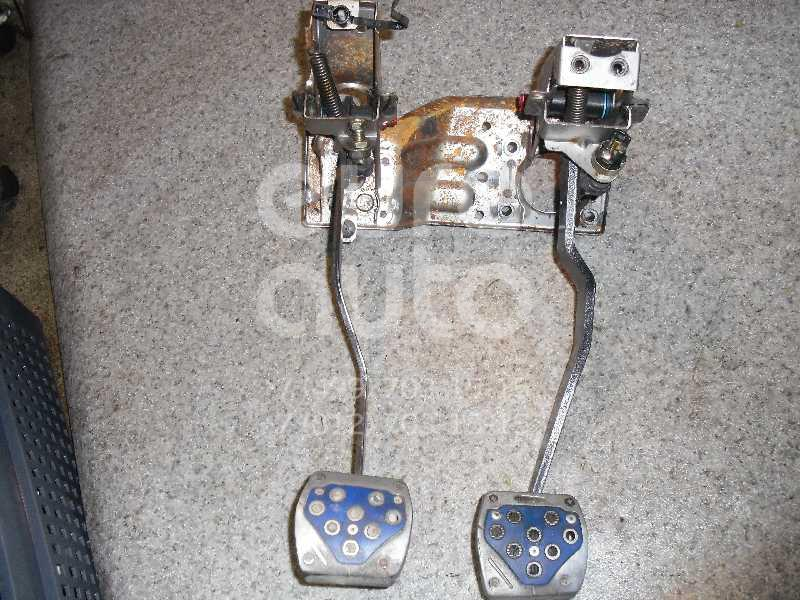 Блок педалей для Kia Sportage 1994-2004 - Фото №1