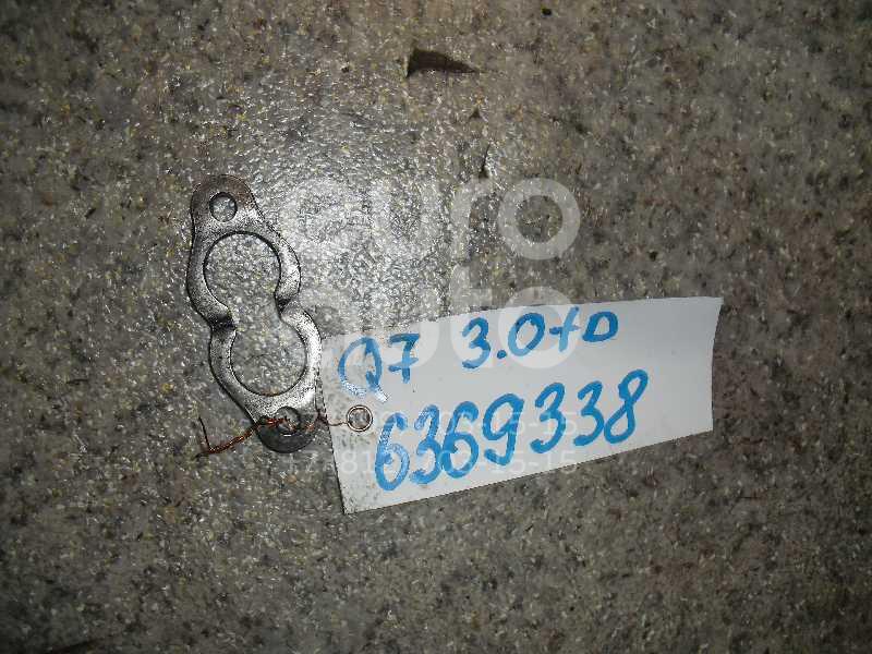 Кронштейн форсунки для VW Q7 [4L] 2005-2015;A6 [C6,4F] 2005-2011;A3 [8PA] 2004-2013;A8 [D3,4E] 2004-2010;Phaeton 2002>;Passat [B6] 2005-2010;Touran 2003-2010;A4 [B7] 2005-2007;A5/S5 Coupe/Sportback 2008>;Q5 2008>;TT(8J3) 2006-2015;Allroad quattro 2005-2012;Passat CC 2008> - Фото №1