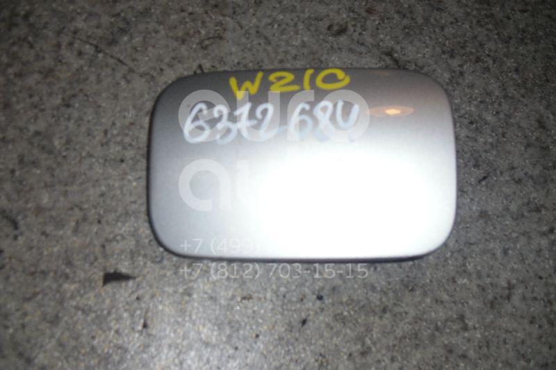 Лючок бензобака для Mercedes Benz W210 E-Klasse 2000-2002;W210 E-Klasse 1995-2000 - Фото №1