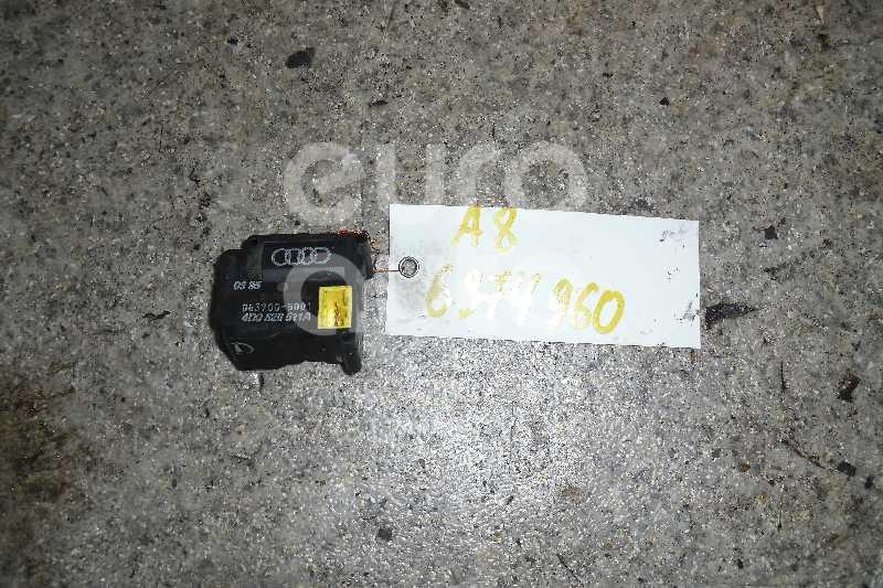 Моторчик заслонки отопителя для Audi A8 [4D] 1994-1998;A8 [4D] 1999-2002 - Фото №1