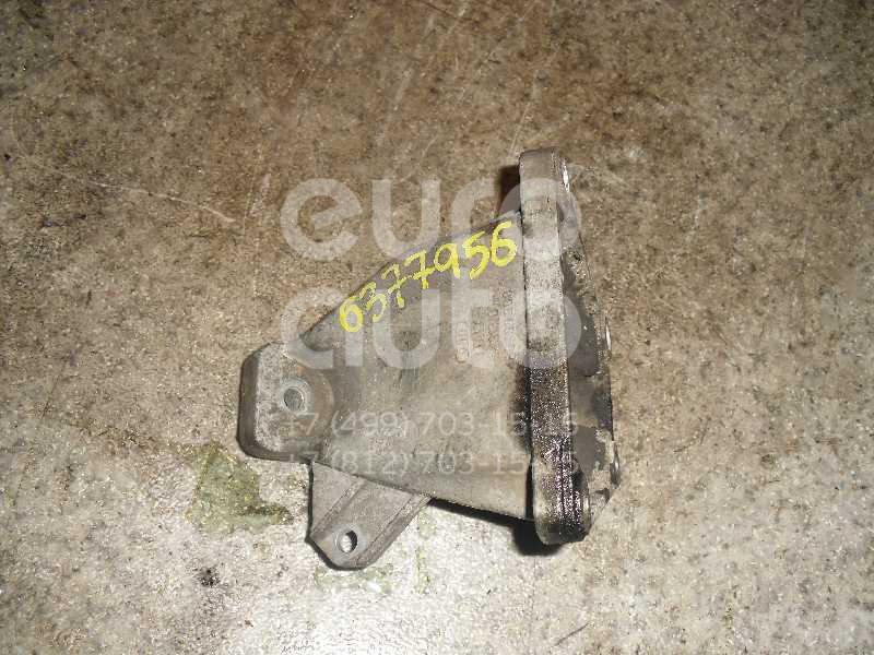 Кронштейн двигателя правый для VW,Audi Passat [B5] 1996-2000;A4 [B5] 1994-2000;Allroad quattro 2000-2005;A6 [C5] 1997-2004;Passat [B5] 2000-2005 - Фото №1