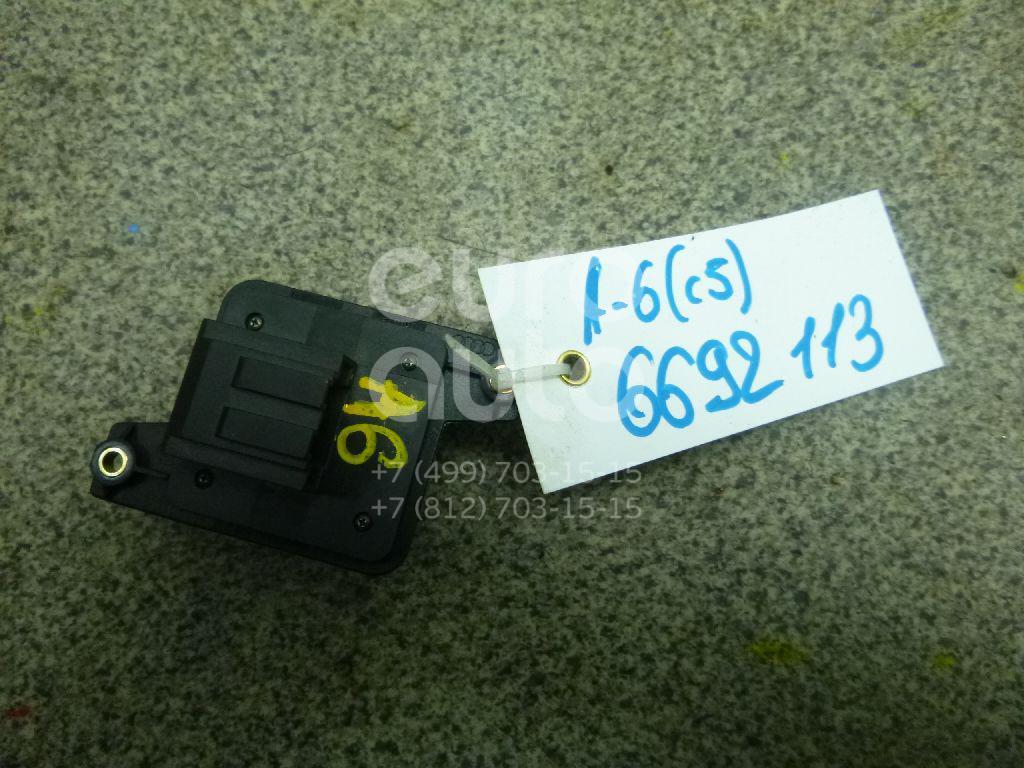 Купить Кнопка регулировки сиденья Audi A6 [C5] 1997-2004; (8L0959777A)