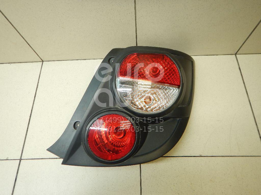 Купить Фонарь задний правый Chevrolet Aveo (T300) 2011-; (95470361)