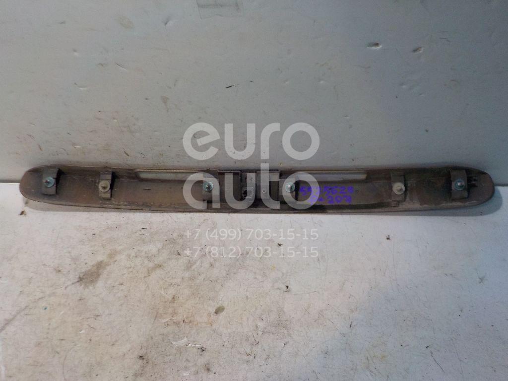 Накладка двери багажника для Peugeot 207 2006-2013 - Фото №1
