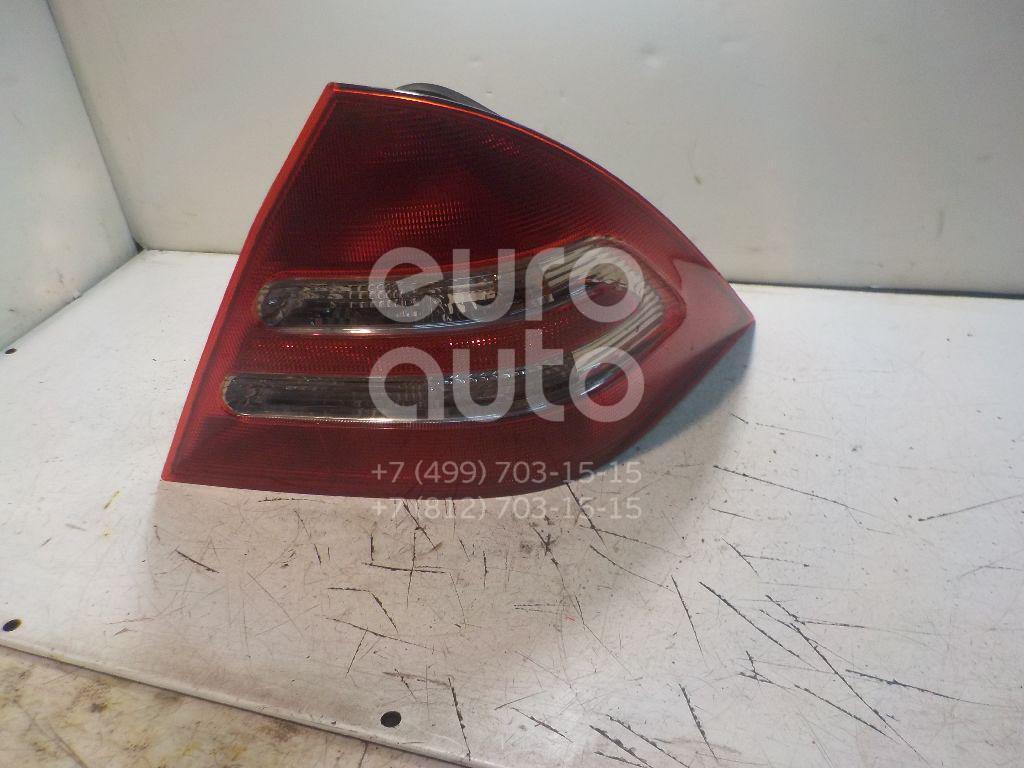 Фонарь задний правый для Mercedes Benz W203 2000-2006 - Фото №1