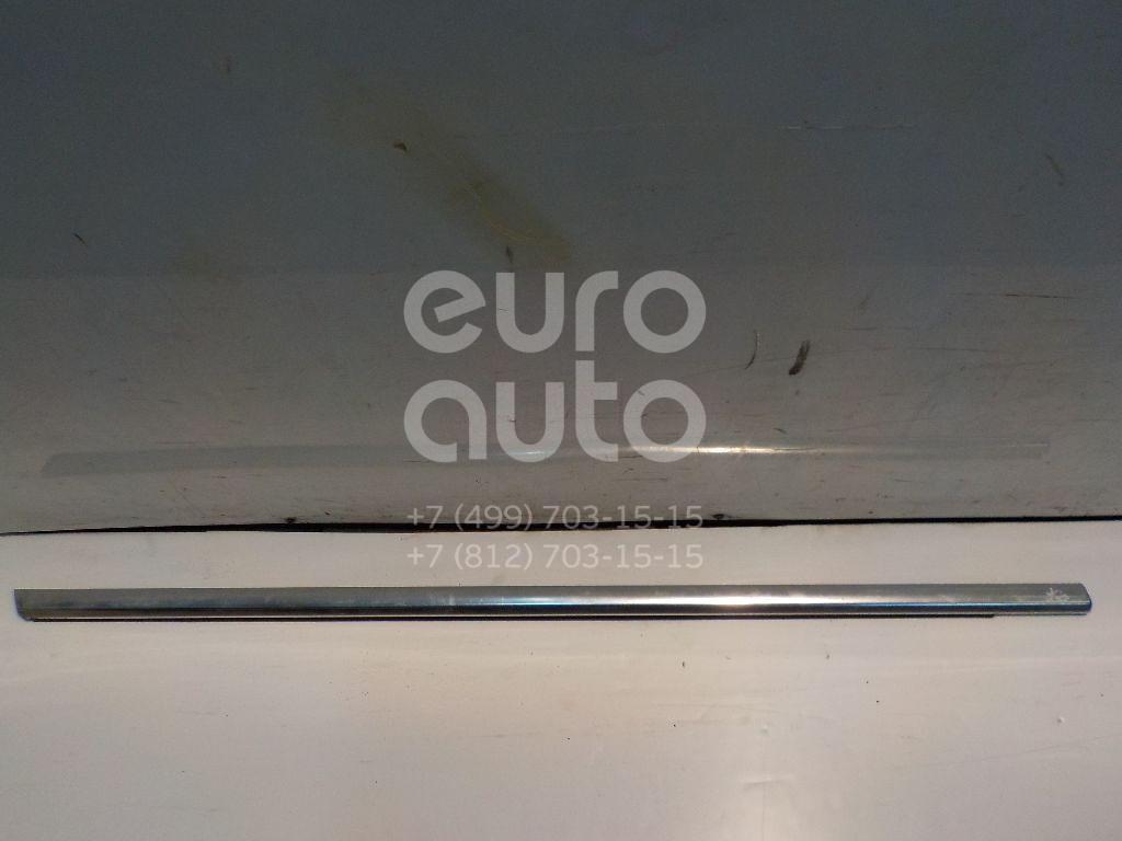 Накладка стекла переднего правого для Volvo S80 2006-2016;XC70 Cross Country 2007-2016;V70 2007-2013 - Фото №1
