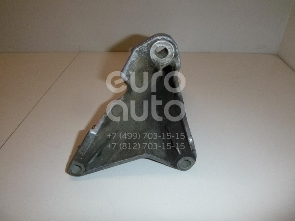 Кронштейн двигателя правый для Audi A4 [B6] 2000-2004;A4 [B7] 2005-2007 - Фото №1