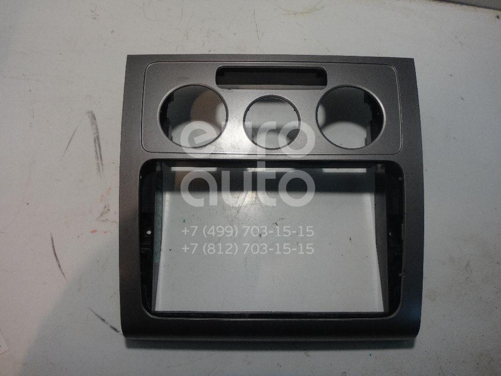 Рамка магнитолы для VW Touran 2003-2010 - Фото №1
