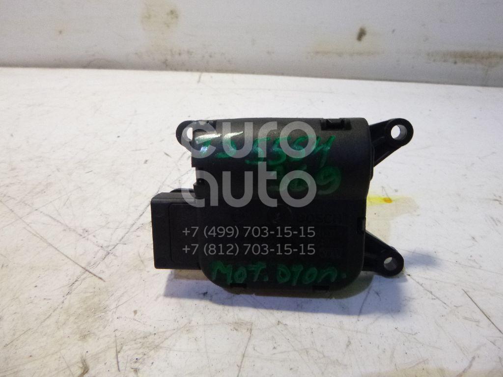 Моторчик заслонки отопителя для VW Transporter T5 2003> - Фото №1
