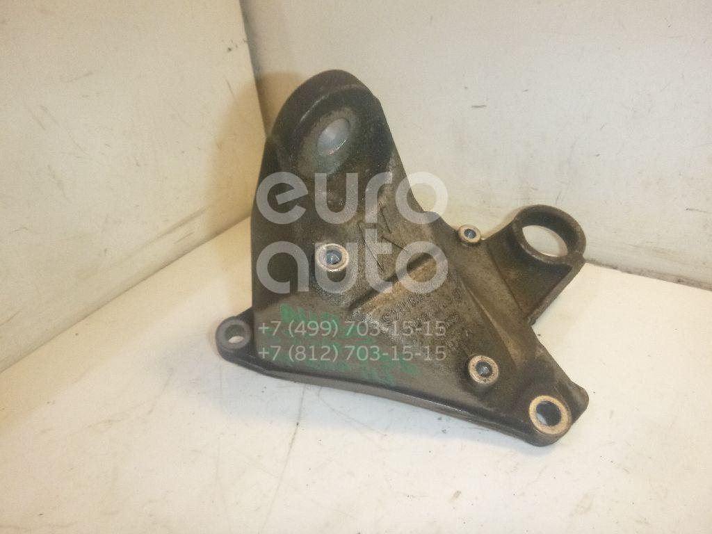 Кронштейн КПП правый для VW A4 [B5] 1994-2000;Passat [B5] 1996-2000;A6 [C5] 1997-2004;Passat [B5] 2000-2005 - Фото №1