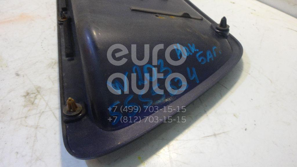 Накладка двери багажника для Mercedes Benz W203 2000-2006 - Фото №1