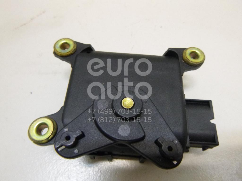Купить Моторчик заслонки отопителя Skoda Superb 2002-2008; (8D1820511F)