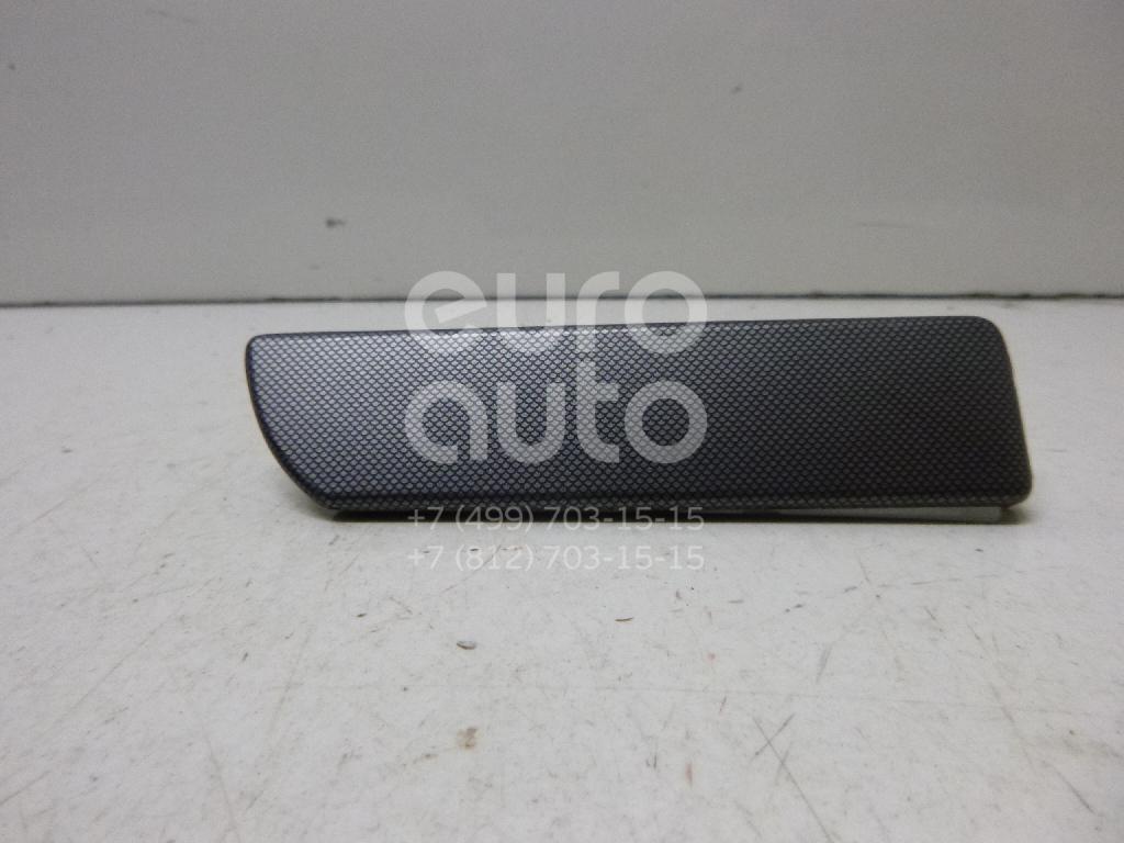 Накладка декоративная VW Golf V 2003-2009; (1K18584194Z7)