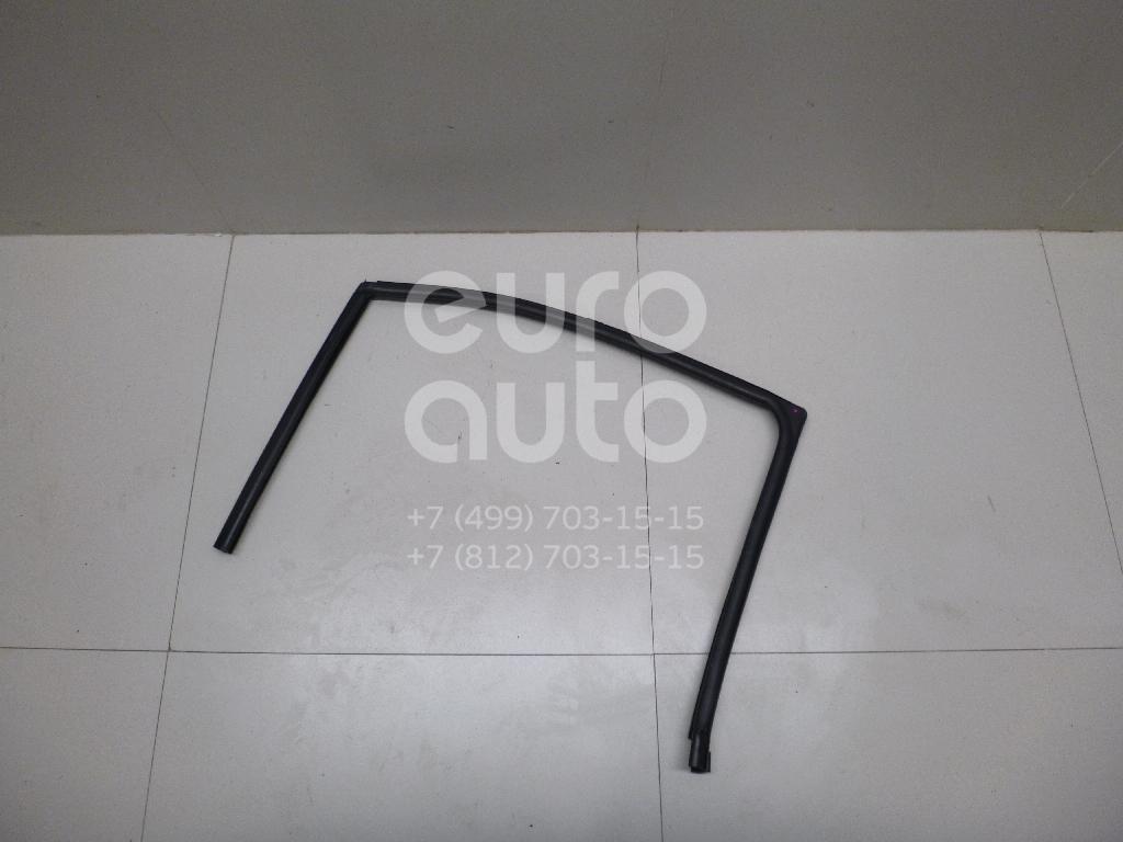 Купить Уплотнитель стекла двери Ford Mondeo III 2000-2007; (1376267)