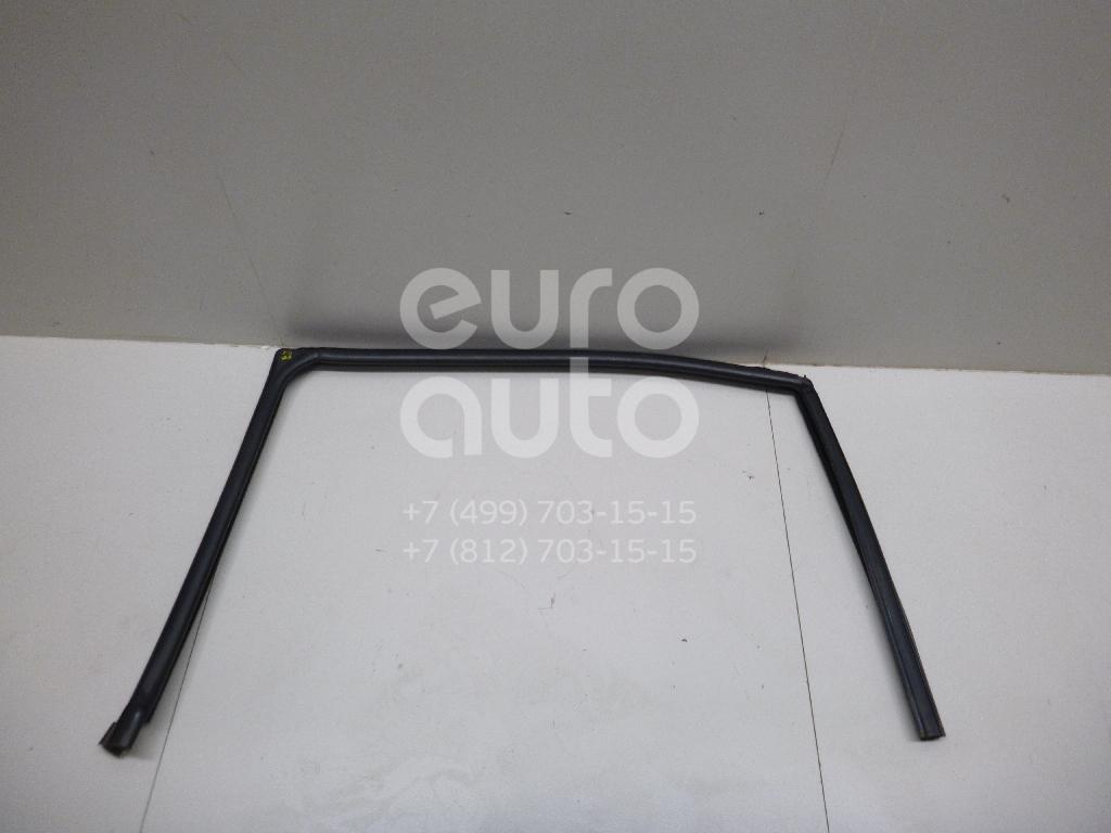 Купить Уплотнитель стекла двери Ford Mondeo III 2000-2007; (1376265)