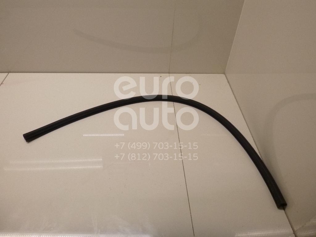 Уплотнитель (наружный) Renault Megane II 2003-2009; (8200097502)