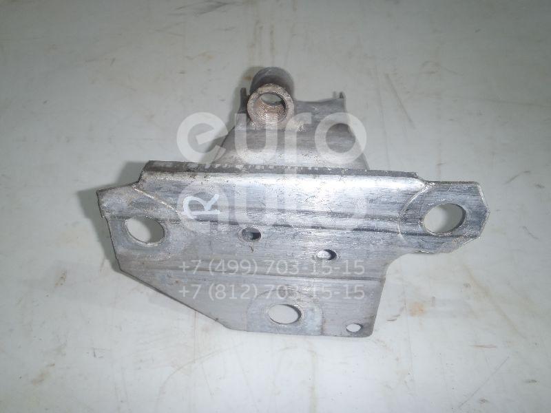 Купить Кронштейн усилителя переднего бампера правый Renault Clio III 2005-2012; (8200834853)