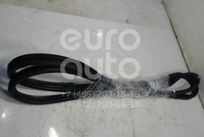 Купить Уплотнитель двери Kia Sportage 2004-2010; (821200Z000)