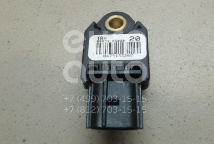 Купить Датчик AIR BAG Toyota Avensis III 2009-; (8983105030)
