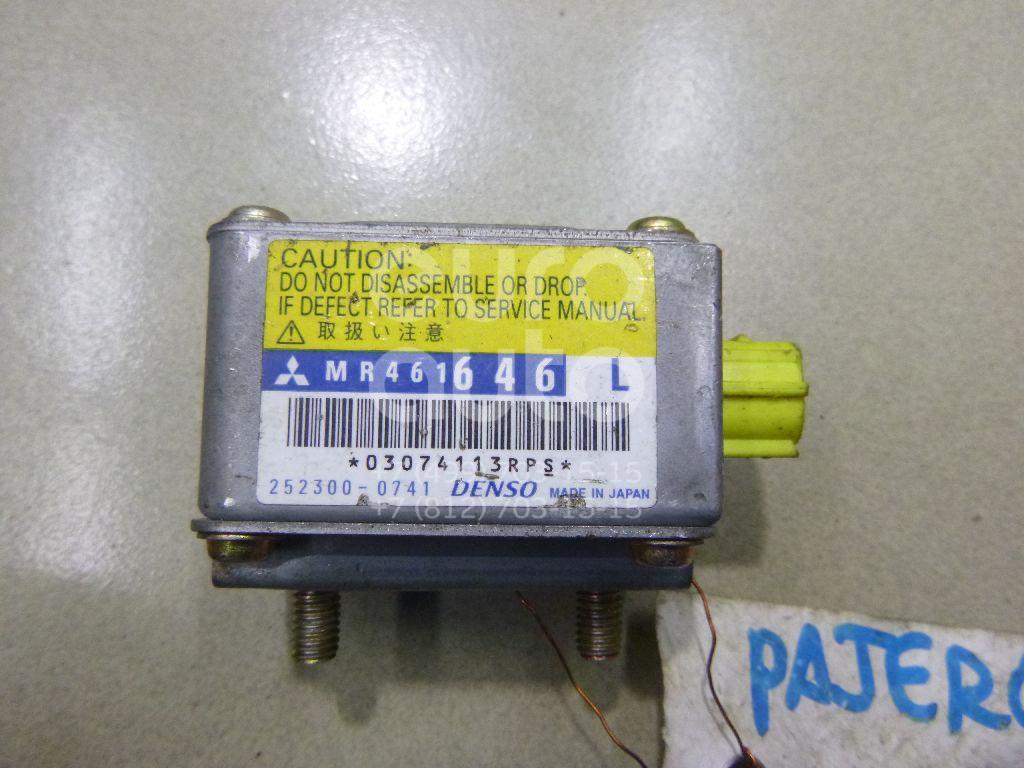 Купить Датчик AIR BAG Mitsubishi Pajero/Montero III (V6, V7) 2000-2006; (MR461646)